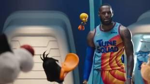 LeBron James en el nuevo trailer de Space Jam 2