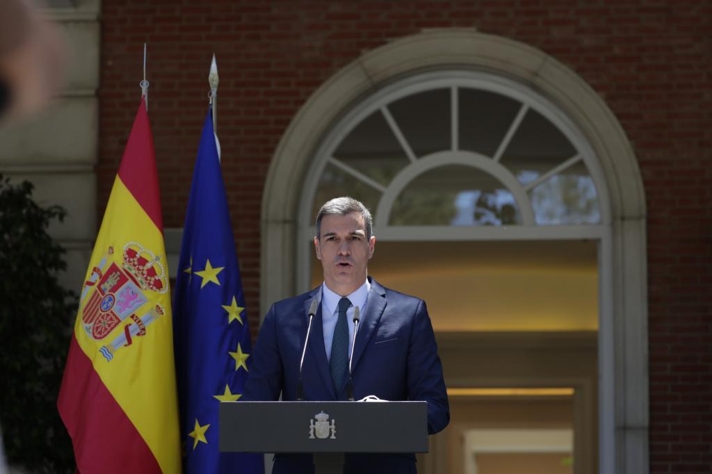 El presidente del Gobierno, Pedro Sánchez, durante su intervención /