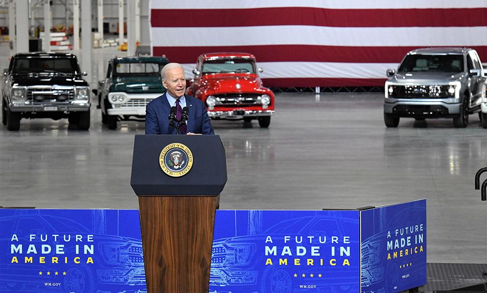Joe Biden - presidente Estados Unidos - EE.UU. - Ford - test drive -...