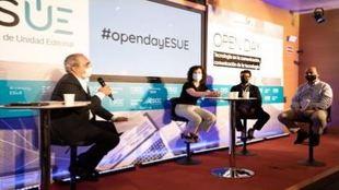 Rafael Moyano, director académico de ESUE; Anaïs Pérez Figueras,...