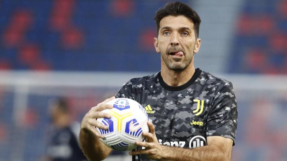Buffon, en un partido de la Juve.