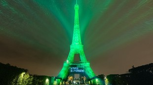 Torre Eiffel - hidrógeno - Toyota - verde - energía renovable -...