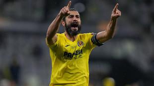 Raul Albiol Villarreal Final Europa League