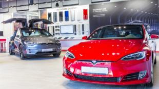 Tesla Center - Sevilla - Málaga - coches eléctricos