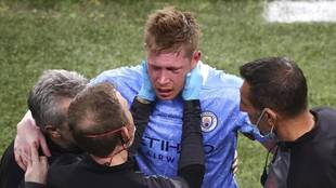 De Bruyne walks off in tears
