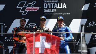 Oliveira, Quartararo y Mir, en el podio en Mugello.