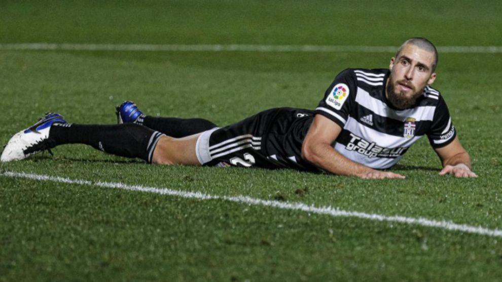 El central Andújar, en el suelo durante un partido