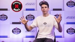 Álex, durante su charla con MARCA en el acto de Estrella Galicia 0,0.
