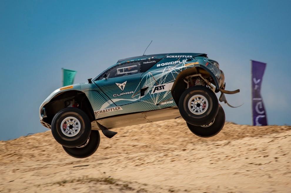Jutta Kleinschmidt - Cupra - Rally Dakar - Extreme E