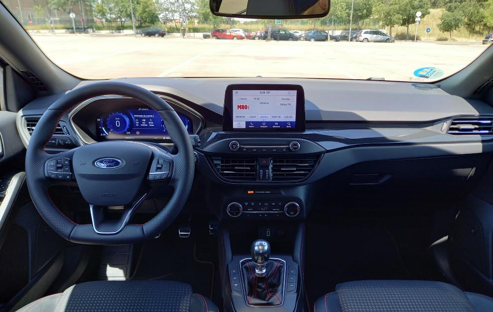 El Ford Focus SportBreak EcoBoost Hybrid incorpora un nuevo panel de instrumentos digital de 12,3 pulgadas.