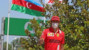 Sainz, hoy a su llegada al circuito de Bakú.