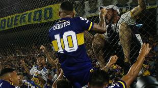 Carlos Tévez anunció que deja el club