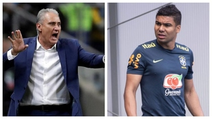 Tite (60) seleccionador de Brasil y Casemiro (29) en un entrenamiento...