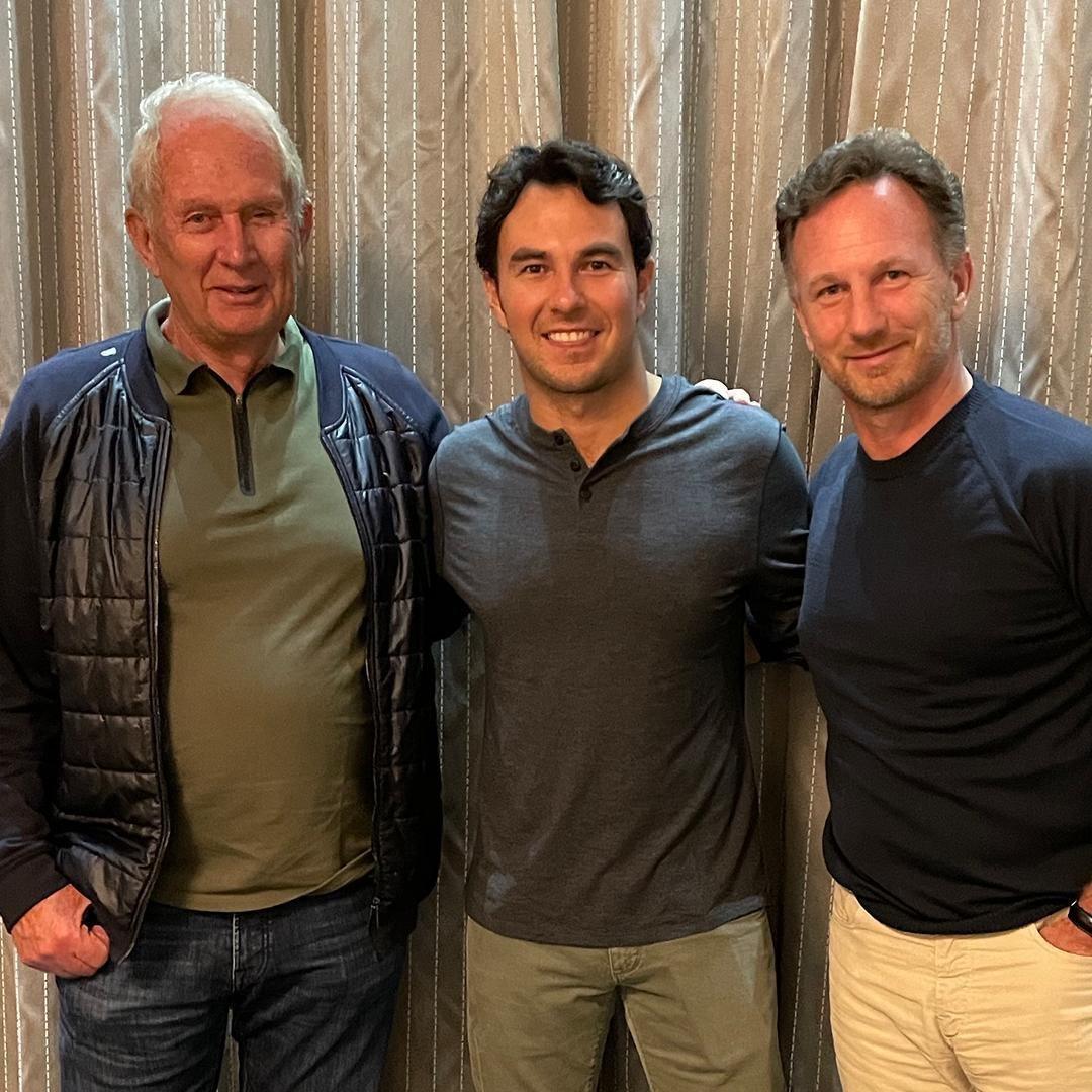 Helmut Marko y  Christian Horner con el que recien había firmado con el equipo, Checo Pérez