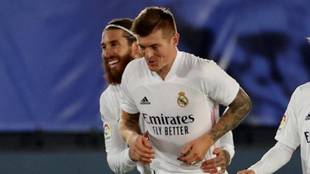 Sergio Ramos y Toni Kroos celebran un tanto la pasada temporada.