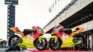 Las dos motos, en Barcelona.