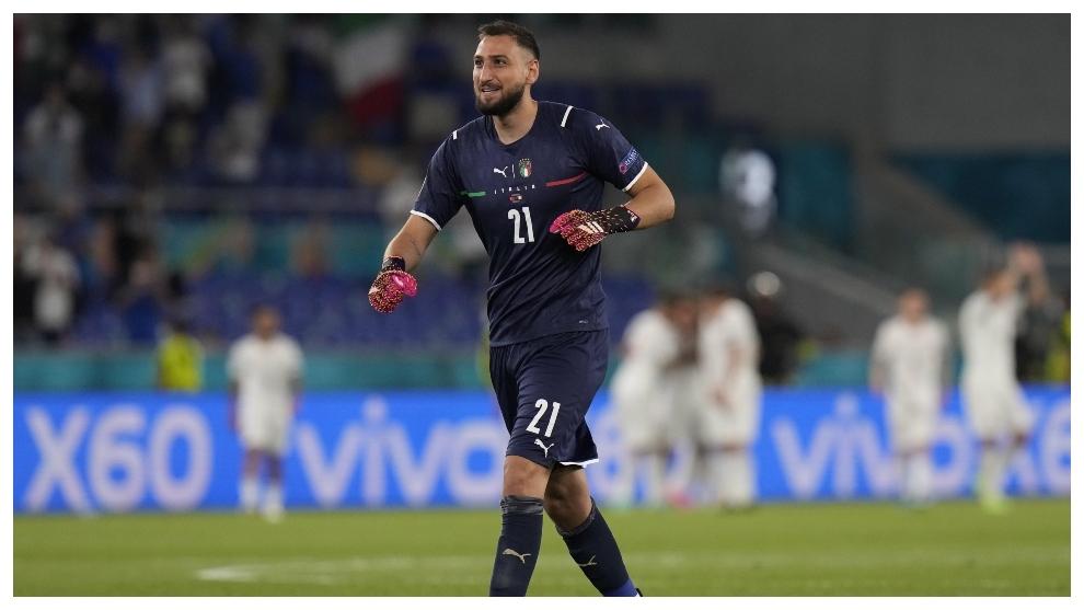 Donnarumma celebra un gol en el Italia-Turquía.