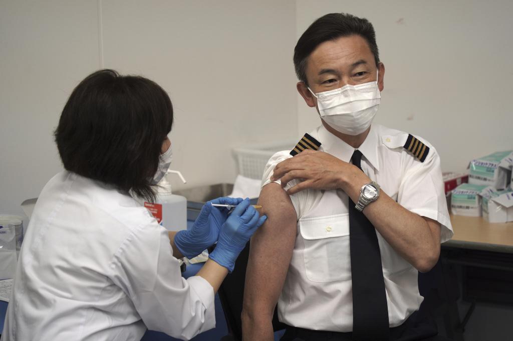 Vacunación de personal de Japan Airlines