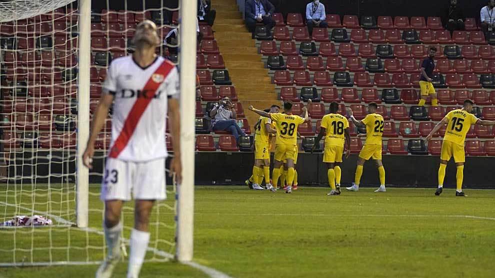 Los jugadores del Girona celebra el primer gol ante la cecepción de...