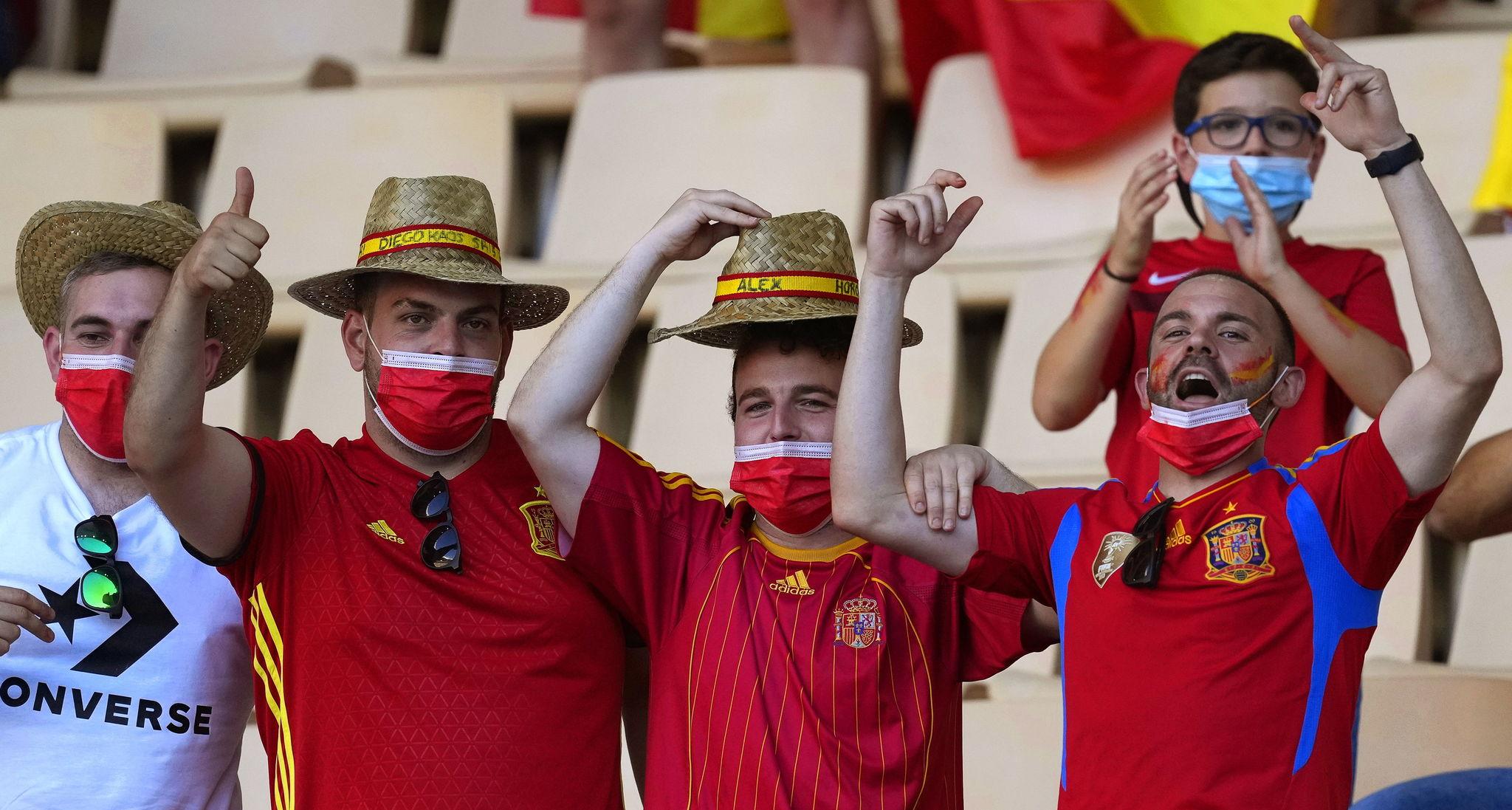 Fans of Spain