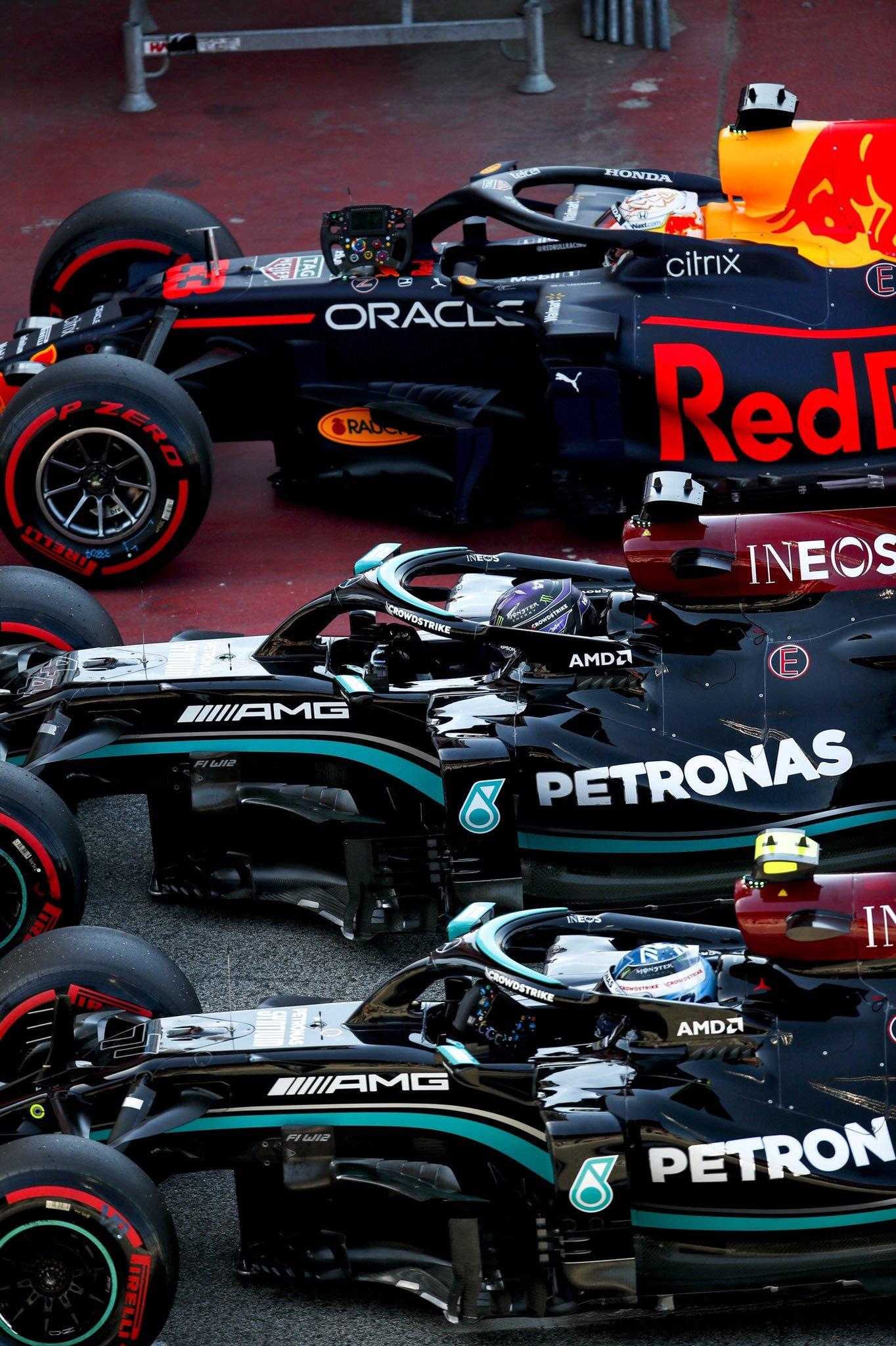 Bottas, Hamilton y Verstappen.