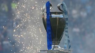 Real Madrid y Barcelona, incluidos en la Champions del siguiente año.