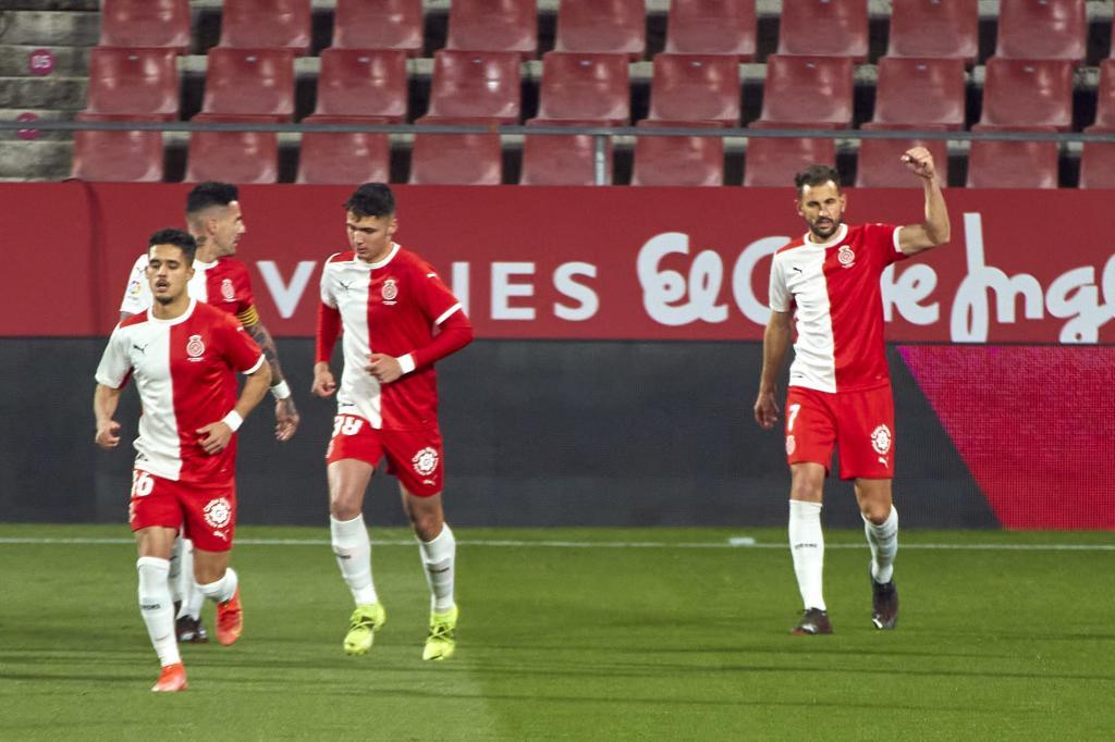 Stuani, celebrando su gol al Zaragoza en Montilivi esta temporada
