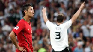 Cristiano Ronaldo se lamenta de la derrota de Portugal ante Alemania...