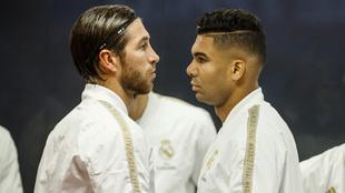 Sergio Ramos y Casemiro, antes de un partido del Real Madrid la pasada...