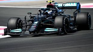 Bottas, en los Libres 1 del GP de Francia 2021.