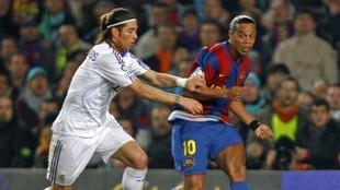 Ronaldinho y Sergio Ramos.
