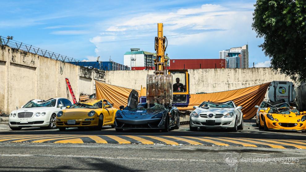 Filipinas - destrucción de coches de lujo - contrabando - importación - coches deportivos