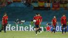 Los jugadores españoles tras el empate de Polonia