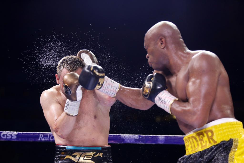 Anderson Silva derrotó a  Chávez Jr.