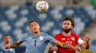 Uruguay y chle empataron en la tercera fecha de la Copa América.