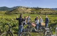 Vuelve el enoturismo a Bodegas Izadi que inaugura un wine bar