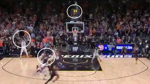 Colosal 'alley oop' de los Suns desde la línea de fondo... ¡a falta 0,7 segundos!