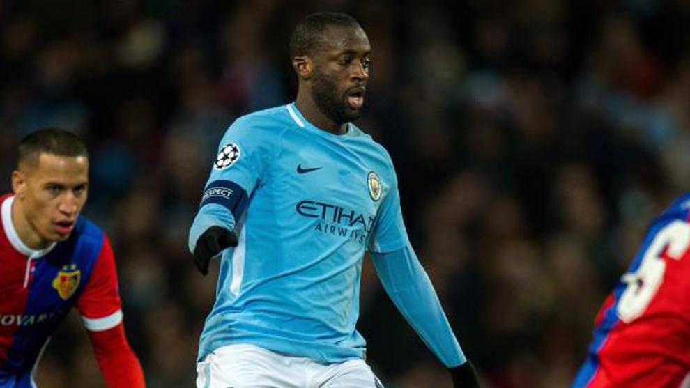 Touré defendiendo la camiseta del Manchester City.