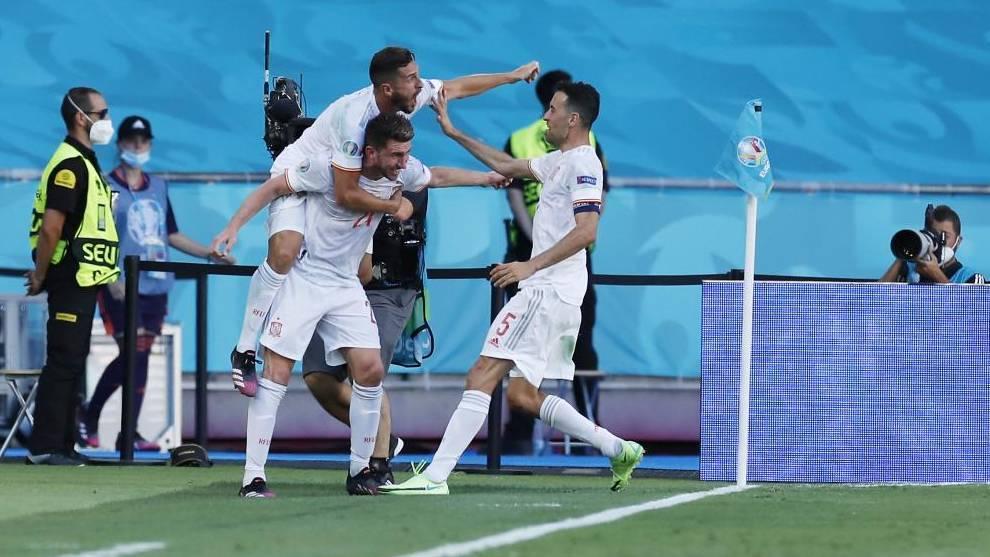 El central cabeceó el segundo tanto de la selección española.