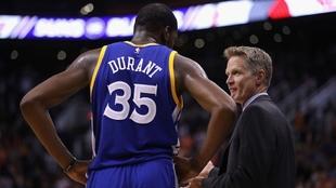 """Steve Kerr: """"Kevin Durant es más talentoso que Michael Jordan"""""""