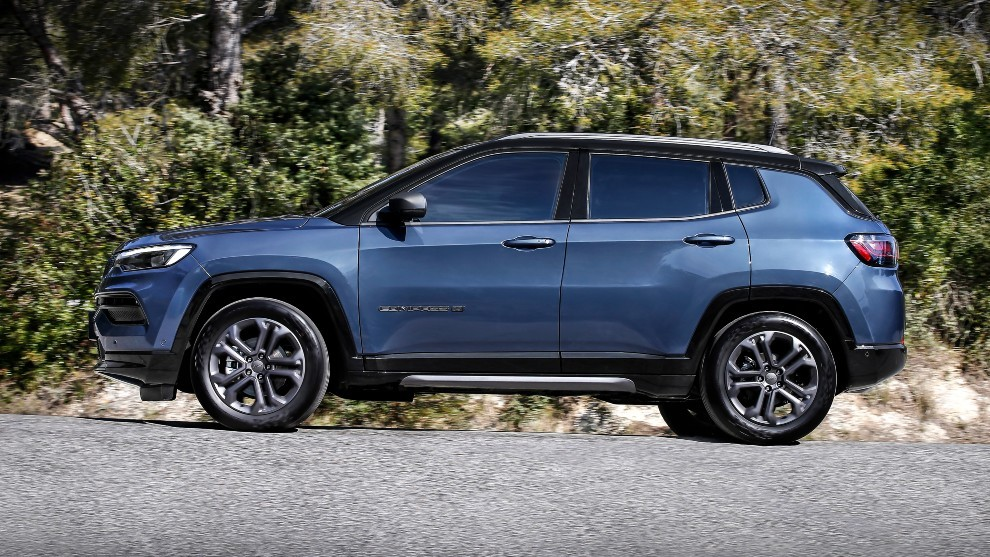 Jeep Compass 4xe - plug in hybrid - hibrido enchufable - SUV - eléctrico - 4x4