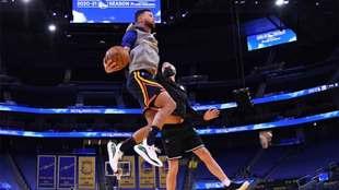 Stephen Curry podría salir de los Warriors