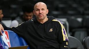 Jason Kidd, antes de un partido de los Lakers, equipo en el que es...