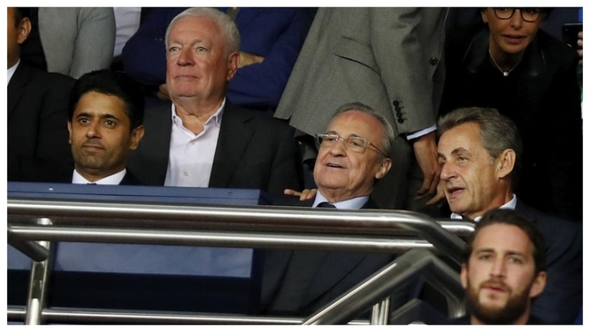 Al Khelaifi y Florentino Pérez, junto a Sarkozy, en el palco del...