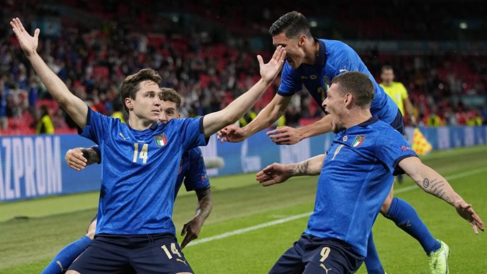 Italia sale viva de la agonía