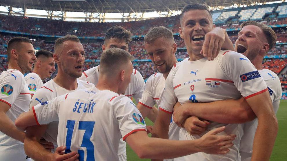¡Los checos echan a la Oranje!