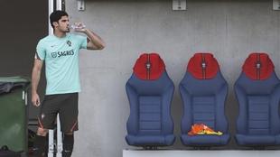 Guedes durante un entrenamiento con Portugal.