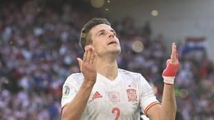 César Azpilicueta, tras marcar el segundo gol de España ante...