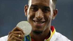 Orlando Ortega, con su medalla de plata en 110 vallas en Río 2016