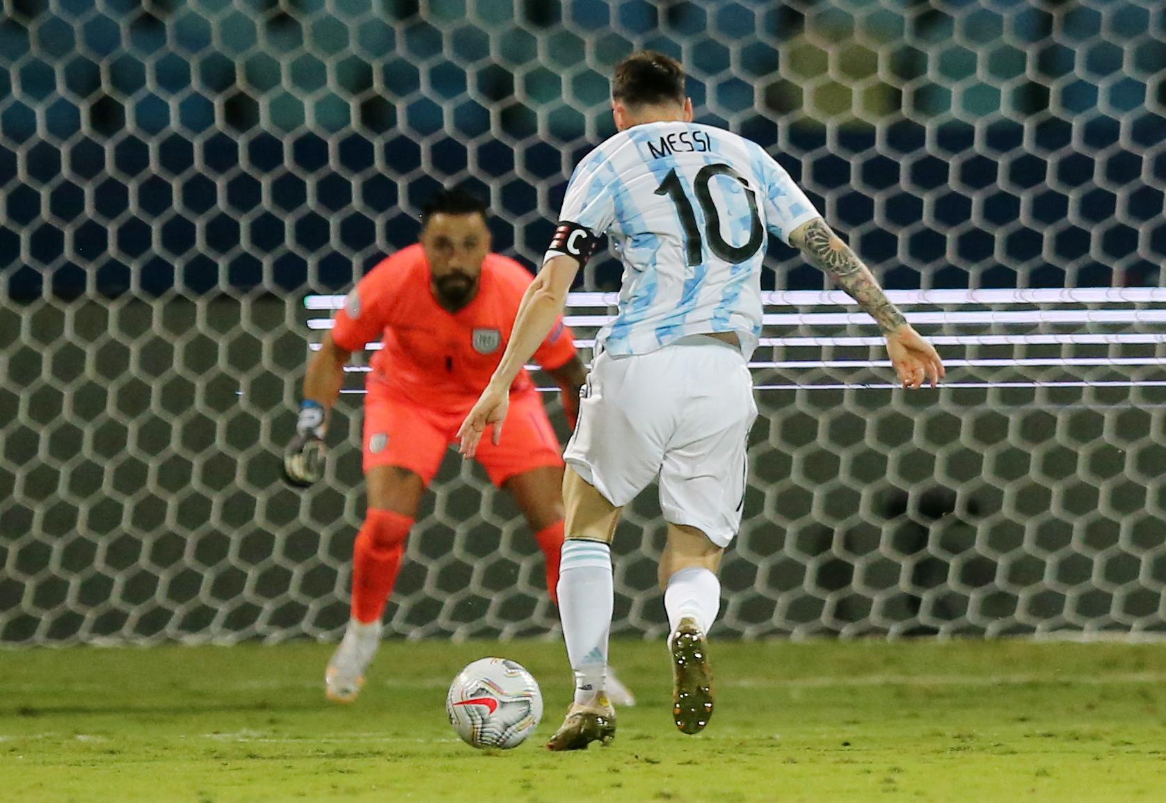 Messi perdona el uno contra uno